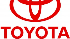 Toyota steering towards bad rep, recalls 550,000 vehicles